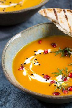 Pumpkin Soup, Pumpkin Recipes, Veggie Recipes, Healthy Recipes, Food F, Food Porn, Low Fat Yogurt, Nutritious Meals, Food Items