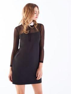 MOHITO - Sukienka z siateczką i kołnierzykiem Sukienka o minimalistycznym kroju z lekko rozszerzanym dołem i dopasowanymi długimi rękawami wykonanymi z elastycznego tiulu. Uroczej elegancji dodaje jej kontrastowy kołnierzyk z welurowymi tasiemkami. Ten model zapinany jest na kryty suwak na plecach.