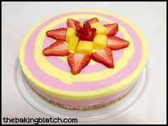 The Baking Biatch || by Cynthia Lim: Cynthia's Mango Strawberry Cheesecake