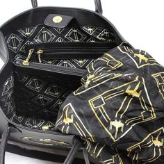 766f4e23af24 Loungefly x Star Wars The Last Jedi Canto Bight handbag and matching X-Wing  Fighter