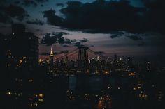 city, lights, new york, new york city, nyc Seattle Skyline, New York Skyline, Rhapsody In Blue, Endless Night, Landscape Illustration, Illustration Art, Favim, Art Music, Daydream