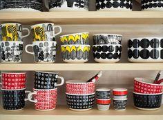 marimekko siirtolapuutarha astiat kuppi oiva kestit Marimekko, Tea Time, Coffee Cups, Scandinavian, Pottery, Mugs, Tableware, Modern, Design