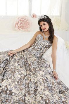 4304f22b683 27 Best Detachable Quinceanera Dress