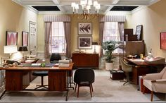 Mad Men Set Design: Interior Design trends Cooper & Partners, Claudette Didul used Danish and American modern furniture with more traditional lighting and curtains.