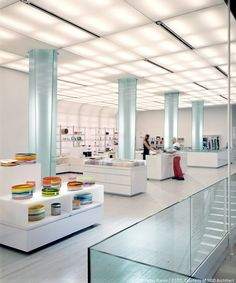 MoMA Design Store, SoHo | 1100 Architect | Photo: Peter Aaron / ESTO | Archinect