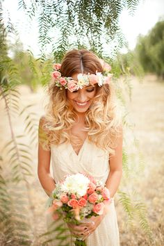 Bohemian Wedding Ideas with a Modern Twist from Janelle Marina Photography and Victoria Ivy Floral Design.