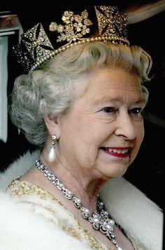 Queen Elizabeth ll.