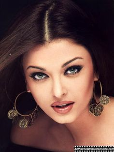 aishwarya rai with another good makeup pic. Tap the pic, there will be so many more pictures of her.