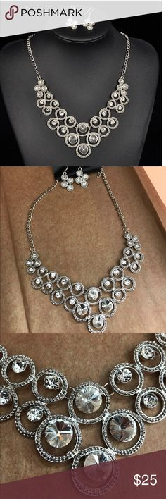 best website fd3eb 9b2ab LAST ONE! rhinestone necklace Boutique
