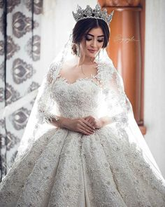 Pin by WedAbout on Christian Bride Princess Wedding Dresses, Best Wedding Dresses, Stunning Wedding Dresses, Bridal Dresses, Beautiful Dresses, Wedding Gowns, Mermaid Dresses, Ball Gowns, Bridal Hair