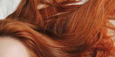 Sou apaixonada por cabelo ruivo, mas nunca imaginei que me tornaria uma de modo tão rápido – e ainda, como alternativa para cobrir outra cor. Quem chegou agora no blog, meu cabelo passou por algumas transformações antes de ficar ruivo. Comecei com californianas, depois passei coloração fantasiaazul nos cabelos até, enfim, resolver pintar de ruivoacobreado. … … Continuar lendo →
