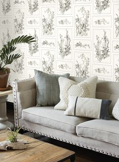 This botanical illustration of the magnolia flower depicted in a dimensional line drawing gives the room the classic southern feeling naturally associated with the magnolia flower.  l i n e d r a w i n g g i v e s a r o o m t h e c l a s s i c s o u t h e r n f e e l i n g n a t u r a l l y a s s o c i a t e d w i t h t h e m a g n o l i a f l o w e r.