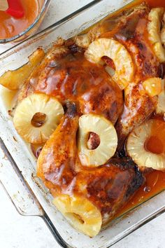 PINEAPPLE SRIRACHA GLAZED CHICKEN QUARTERS If you like a little sweet with your spice, this chicken dish is for you. Seasoned with chili powder, garlic, and paprika, and topped with a light, citrus-infused sauce and fresh pineapple slices, it's the best of both worlds.