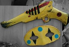Party Poison gun and mask