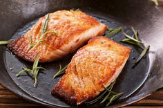 Grilled Salmon with Sea Salt and Chili http://www.teambeachbody.com/eat-smart/recipe/-/rcp/319992286/all/30/5/21%20day%20fix?referringRepId=389503