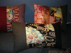 Coussin « Voyage japonais in black » en 3 parties de coton 47 x 27 cm, rempli & déhoussable : Textiles et tapis par lacompagniedupatchwork