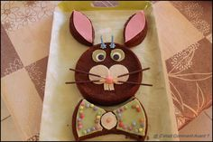 gâteau Lapin Birthday Party Snacks, Birthday Cake, Smarties Cake, Happy B Day, Kids And Parenting, Kids Meals, Fondant, Cupcake Cakes, Buffet