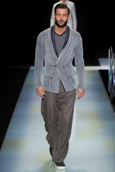 Sfilata Moda Uomo Giorgio Armani Milano - Primavera Estate 2016 - Vogue d3cc52f15e3
