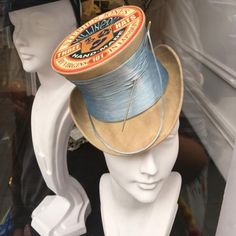 Miniature top hat made from an antique Spool of thread (doll size) Steampunk Hut, Steampunk Costume, Steampunk Fashion, Victorian Fashion, Stephen Jones, Fascinator Hats, Fascinators, Headpieces, Look Vintage