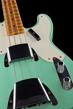 Fender 51 - P-Bass Relic Surf Green