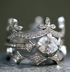 I want this wedding band set on my finger because not only is it gorgeous, made of diamonds, and a made by Cathy Waterman....but it looks like a crown @Michele Morales Morales Hicks.