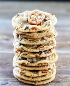Salted Caramel Pretzel Chocolate Chip Cookie Recipe