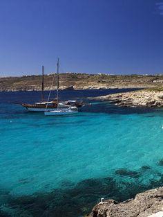 Bagni di sole e di mare sono assicurati da un clima caldo secco, addolcito dalla brezza marina tipica delle zone costiere. Questo è uno dei motivi che fa di queste isole una destinazioni migliori per il turismo in barca a vela. http://www.jonas.it/vacanze_Malta_781.html