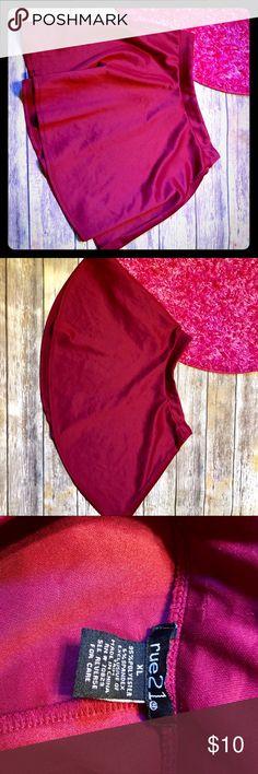 ✨Burgundy skater skirt Burgundy color skater skirt size XL ::022 Skirts Circle & Skater