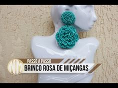 Brinco Rosa de Miçangas - passo a passo - YouTube Beaded Earrings Patterns, Seed Bead Earrings, Diy Earrings, Bead Embroidery Patterns, Beaded Embroidery, Beading Patterns, Free Beading Tutorials, Retro Mode, Earring Tutorial