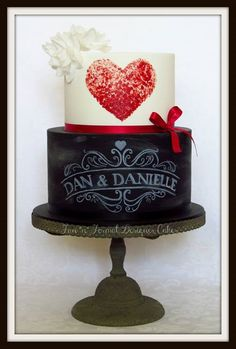 chalkboard cake - For all your cake decorating supplies, please visit craftcompany.co.uk