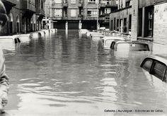 Uholdeak Erromon / Inundaciones en Romo, 1977. Calle Caja de Ahorros (Cedida por María Carmen Porres) (ref. 04710)