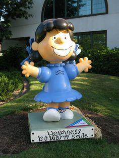 Santa Rosa Peanuts Statues -- in Santa Rosa, California -- CollectPeanuts.com