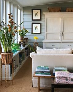 Home interior Design Videos Living Room Staircases - - Dream Home interior Mansions - Style Cottage, Country Style Homes, Cottage Homes, Cottage Bedrooms, Salons Cottage, Australian Homes, Australian English, The Design Files, Country Decor