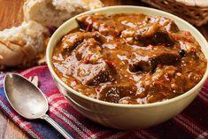 Crock Pot Recipes, Beef Recipes, Soup Recipes, Cooking Recipes, Cooking Ideas, Recipies, Irish Stew, Moroccan Beef, Moroccan Dishes