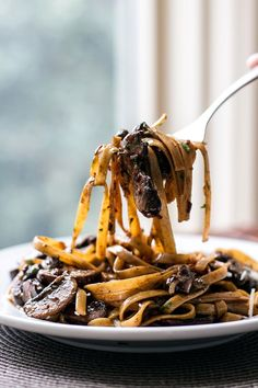 Balsamic Mushroom Pasta by girlgonegourmet #Pasta #Mushroom #Balsamic