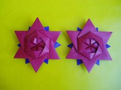12 pointed origami star by Peter Keller. Link to diagrams.
