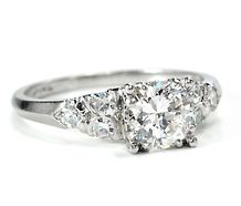 Website to find and purchase estate jewelry
