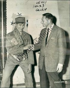 Photo of Jerry Lewis (AGG-737-CT) - MMG Archives