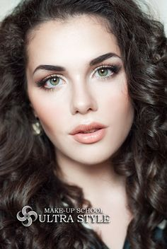 Makeup for face, eyes, cheeks, lips by Professional Makeup School Anastasii Aleksandrovich ultra-style.biz