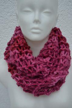 gestrickt - Loop Schlauchschal Schal pink meliert gestrickt - ein Designerstück von Masche21 bei DaWanda