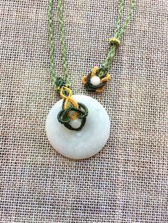 # # Original # autumn solid Emerald buckle Macrame Jewelry Tutorial, Macrame Necklace, Diy Necklace, Washer Necklace, Pendant Necklace, Necklaces, Macrame Knots, Micro Macrame, Jade Earrings