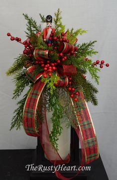 Christmas Swag with Nutcracker by TheRustyHeart on Etsy Fall Lanterns, Christmas Lanterns, Christmas Swags, Lanterns Decor, Christmas Ribbon, Christmas Decorations, Holiday Decorating, Artificial Floral Arrangements, Holiday Centerpieces