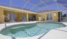 Golf Packages available at Palm's Retreat, ROtunda West | Direct Villas Florida