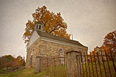 Old Dutch Church of Sleepy Hollow, Tarrytown, Westchester County, New York Sleepy Hollow Town, Sleepy Hollow New York, Legend Of Sleepy Hollow, Oh The Places You'll Go, Places Ive Been, Places To Visit, Tarrytown New York, Yard Haunt, My Kind Of Town