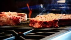 Cook the perfect STEAK indoors.