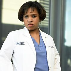 TV doctor Miranda Bailey - Greys Anatomy, second favourite character or maybe joint first. Miranda Bailey, Greys Anatomy Season 1, Greys Anatomy Facts, Greys Anatomy Bailey, Grey's Anatomy Doctors, Chandra Wilson, Greys Anatomy Couples, Owen Hunt, Films