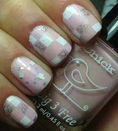 Pink nails. Nail Art. Nail Design. Polishes. Polish. Polished.