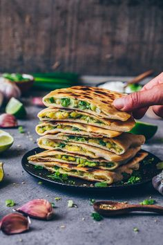 Aloo Paratha is a popular Indian potato-stuffed flatbread recipe that is very easy to make and so delicious! It's crispy, flavourful and perfect to serve as an appetizer, side dish, savory breakfast, dinner or lunch. Indian Breakfast, Savory Breakfast, Breakfast Recipes, Dinner Recipes, Free Breakfast, Hamburger Meat Recipes, Sausage Recipes, Potato Recipes, Indian Food Recipes