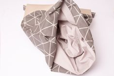 Innenstoff nach innen Lisa, Fashion, Safety Pins, Free Sewing, Gymnastics, Artificial Leather, Sewing Patterns, Tutorials, Moda