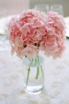 Pink Hydrangea Centerpieces, Pink Hydrangea Bouquet, Pink Hydrangea Wedding, Bridal Flowers, Hortensia Rose, Light Pink Flowers, Wedding Decorations, Centerpiece Wedding, Wedding Ideas